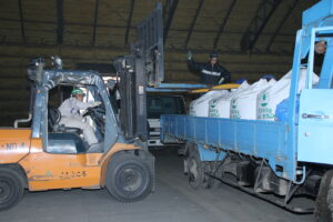 【JAところ通信】青年部による早取肥料共同自己引取がスタート!